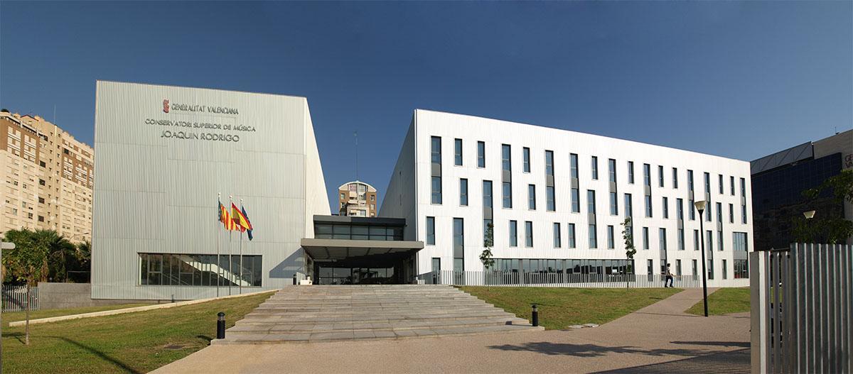 http://vacarquitectura.es/wp-content/uploads/2014/04/_conservatorio%2003.jpg