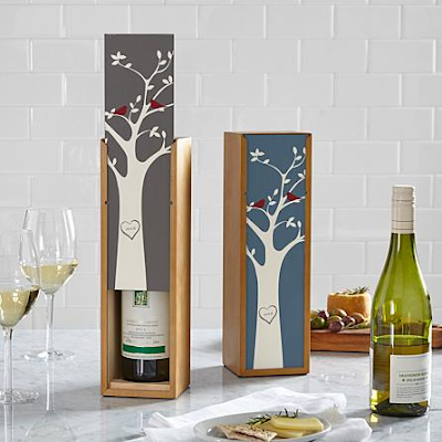 K'Mich Weddings - wedding planning - tree initial wine box - personalized creations