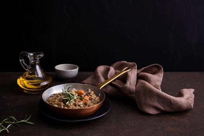 Chụp ảnh thực phẩm với phong cách tối màu
