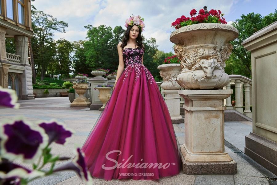 Вечерние платья оптом от модного краинского бренда Silviamo
