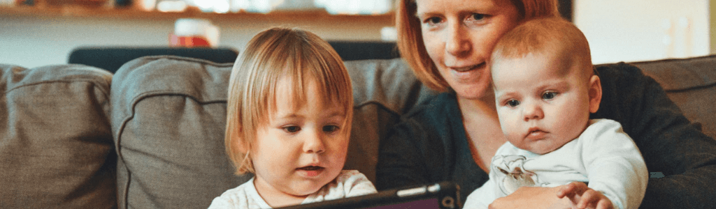 motherhood: baysitter | mother of two | mother of toddlers