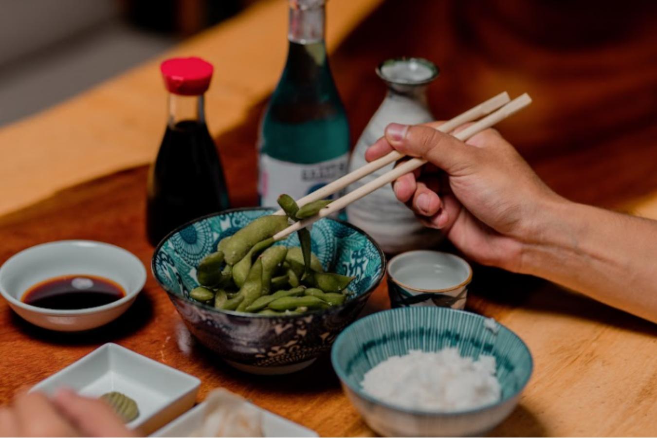 restaurante comida japonesa, edamames