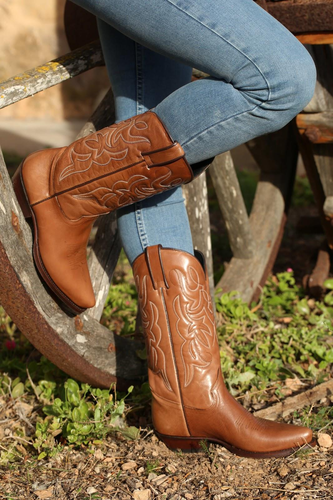 Types of country boots