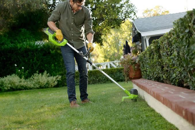 5 เครื่องตัดหญ้า ที่ควรมีไว้ในสวนหลังบ้าน ! 02