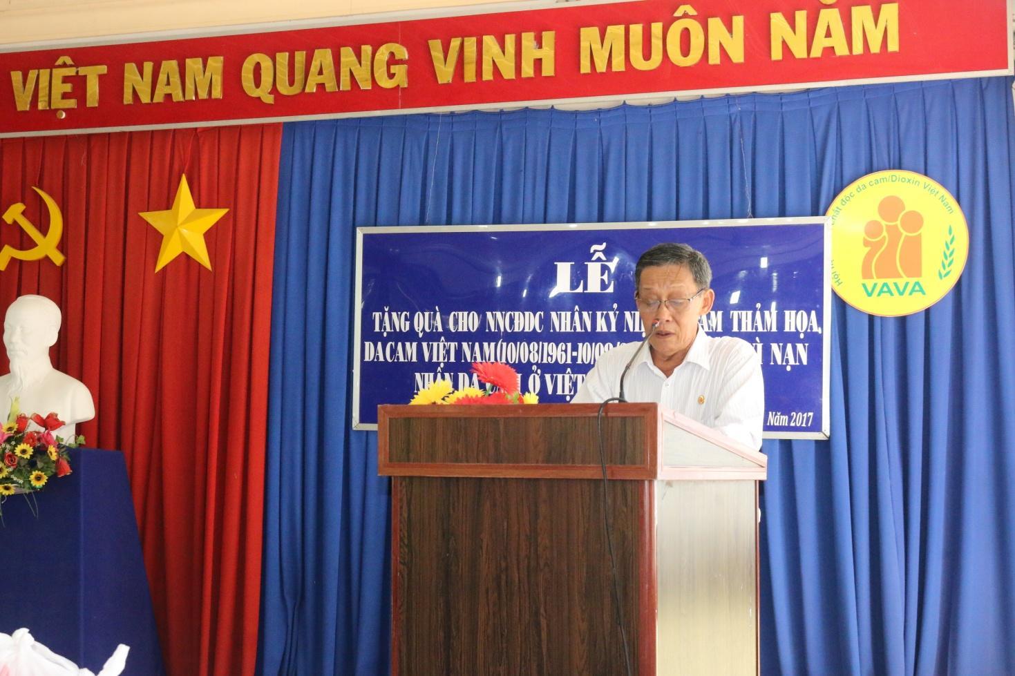 Description: 1. Đại tá Đỗ Trúc Hy – Chủ tịch Hội Nạn nhân chất độc da cam phát biểu tại buổi lễ.JPG