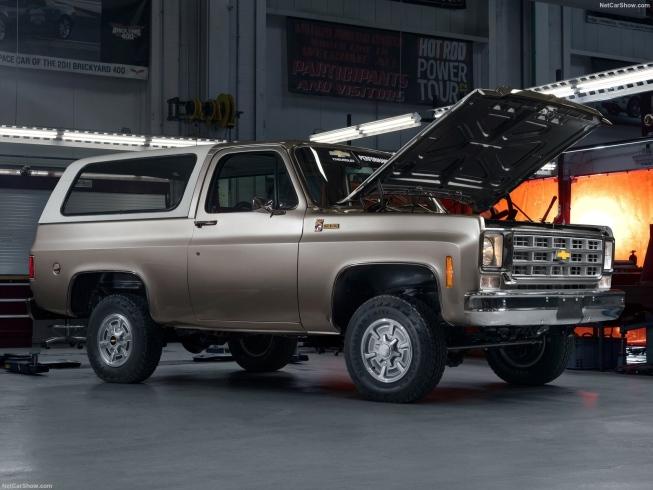 Chevrolet Blazer dos anos 70 ganhou motor elétrico nos EUA, mostrando o potencial das conversões de antigos (Imagem: GM/Divulgação)