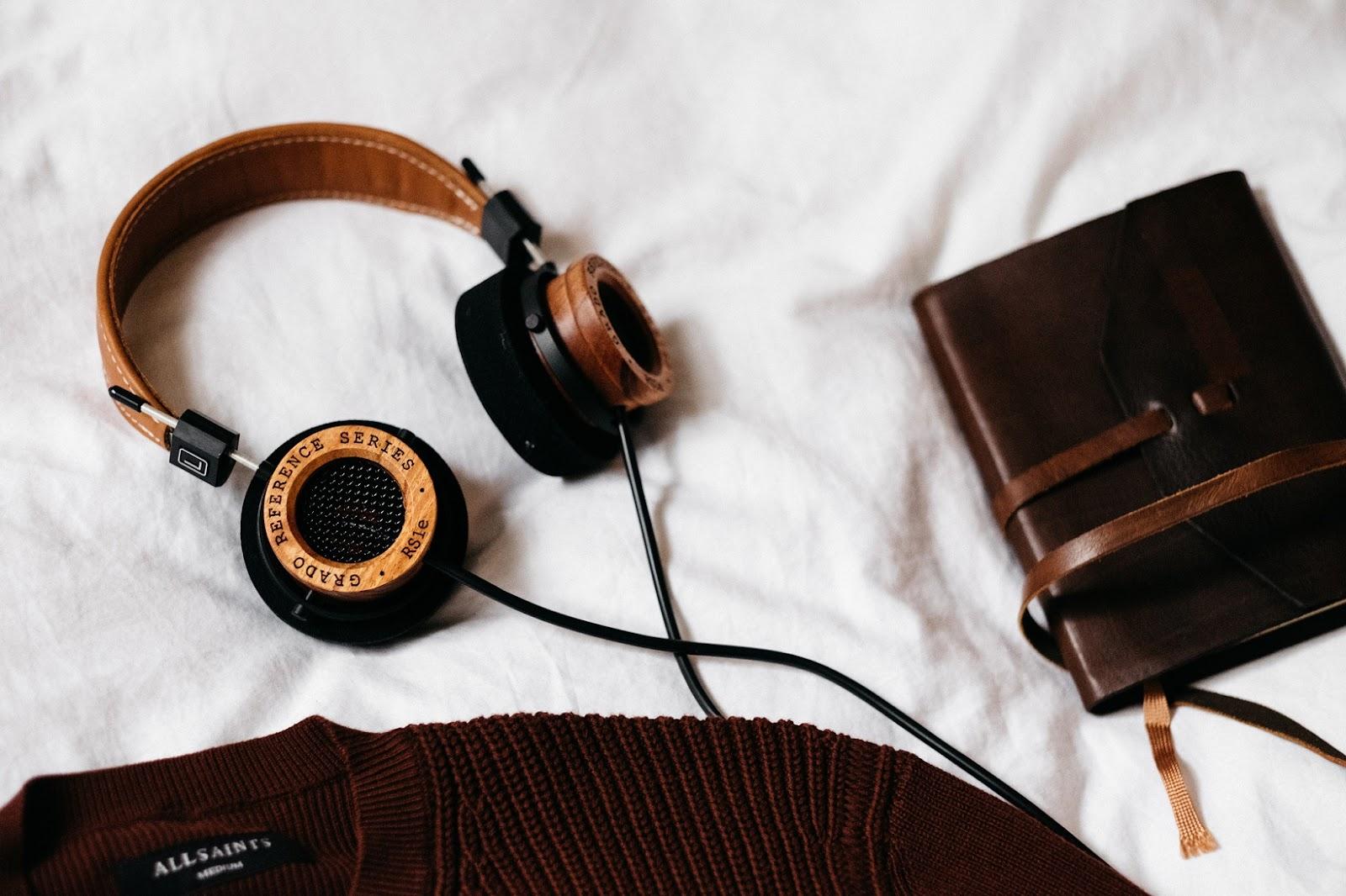 HDicas de viagem para não passar apurosacks de viagem - clipes de buldogue também podem salvar seus fones de ouvido