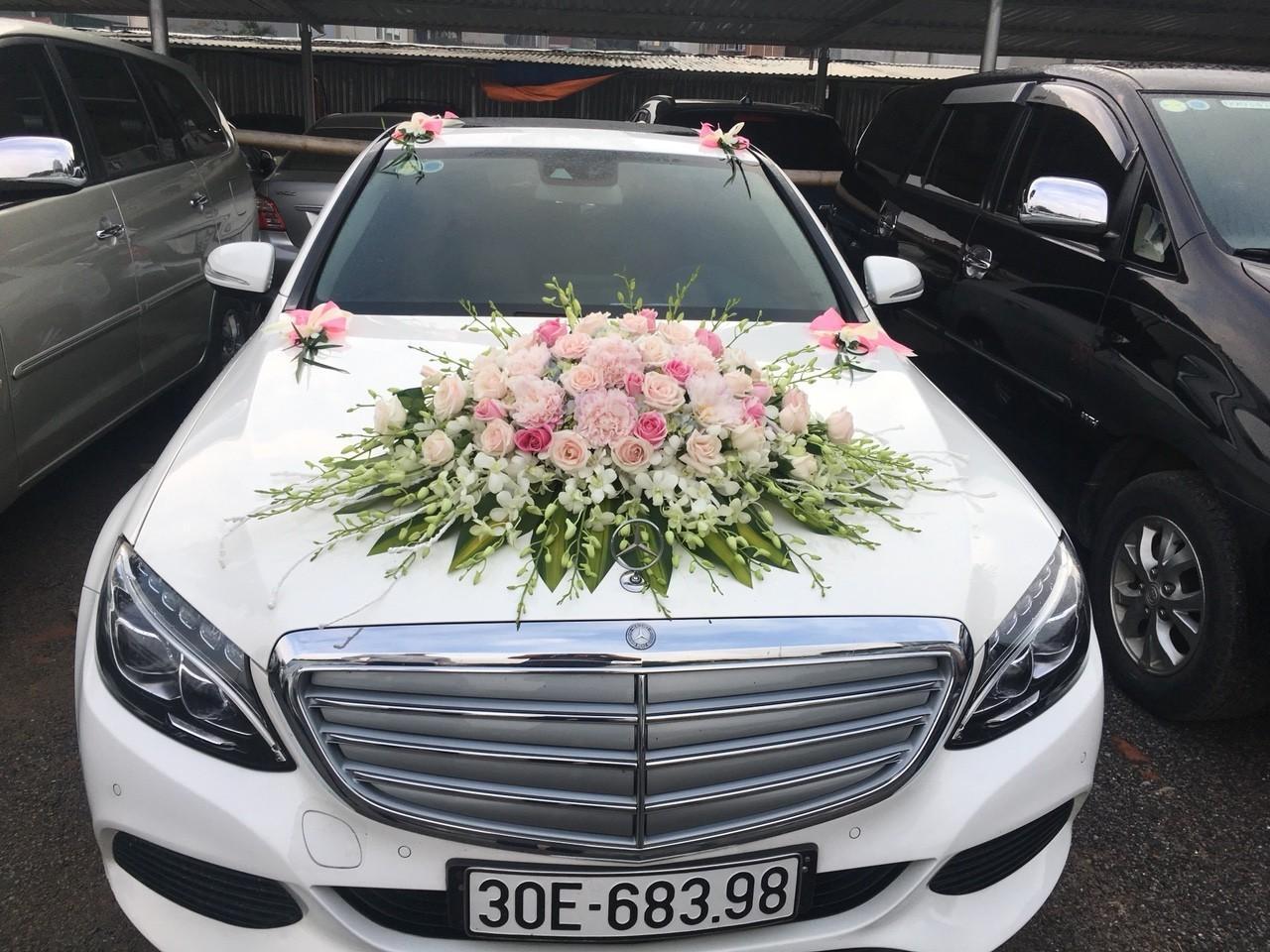 Dịch vụ thuê xe cưới tại Quy Nhơn có xứng đáng để thuê không?
