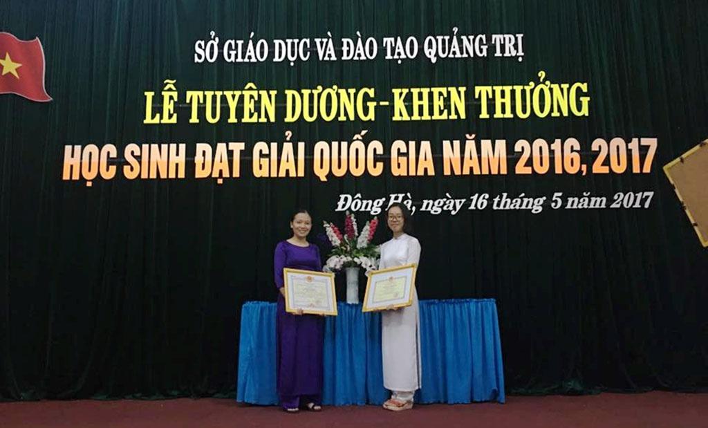 Nữ sinh quảng trị giành học bổng toàn phần của 3 trường đại học 1