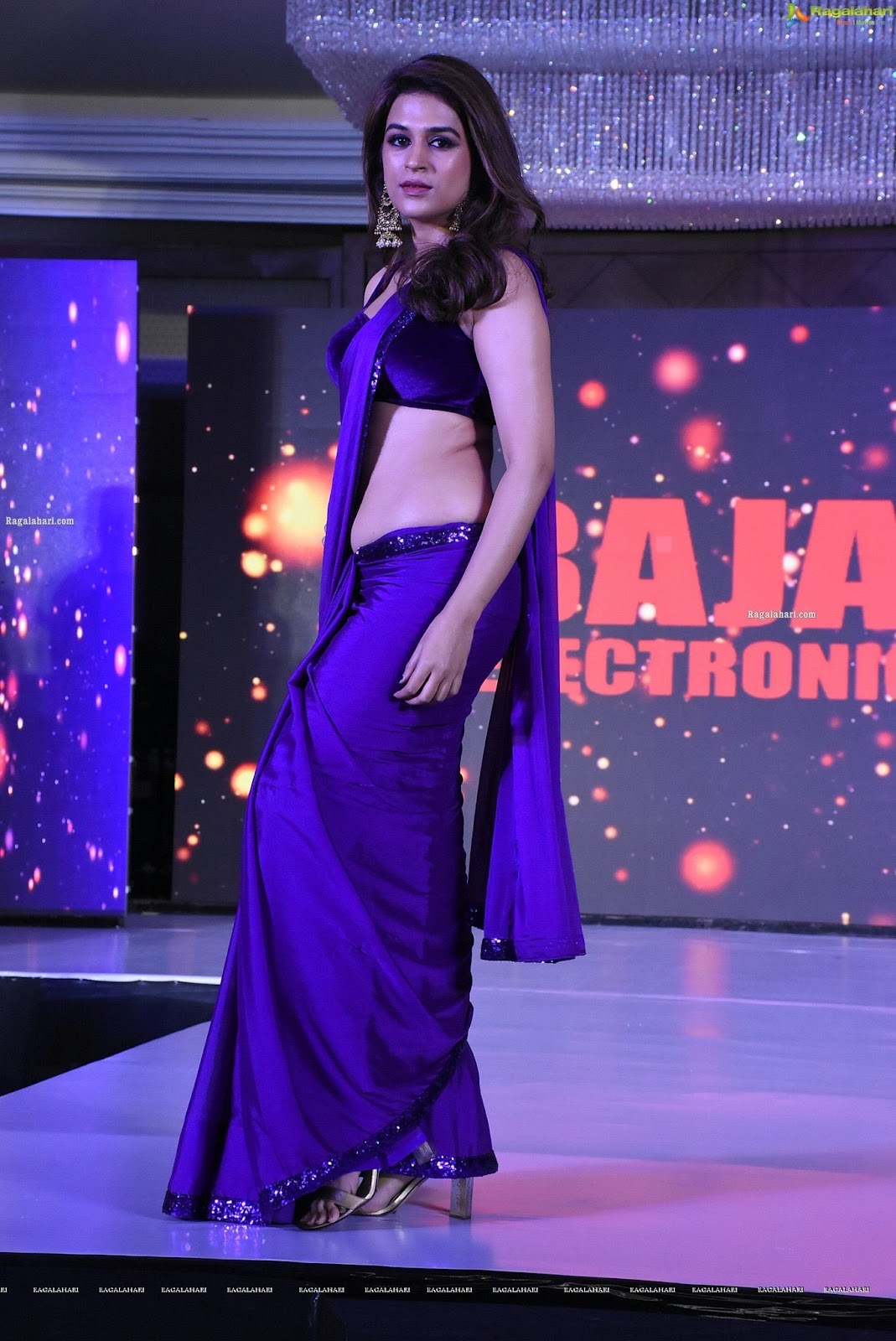 Shraddha Das Stunning In Purple Saree Navel Queens