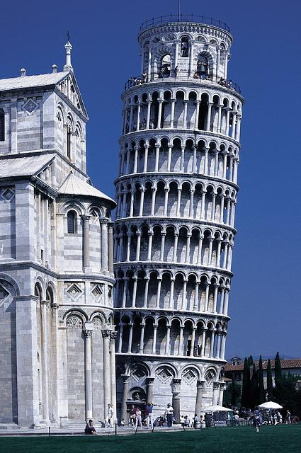 Картинки по запросу leaning tower