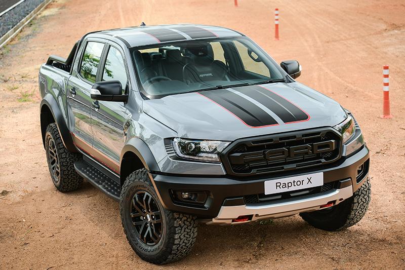 ดีไซน์ภายนอกรถยนต์ : Ford Ranger Raptor X