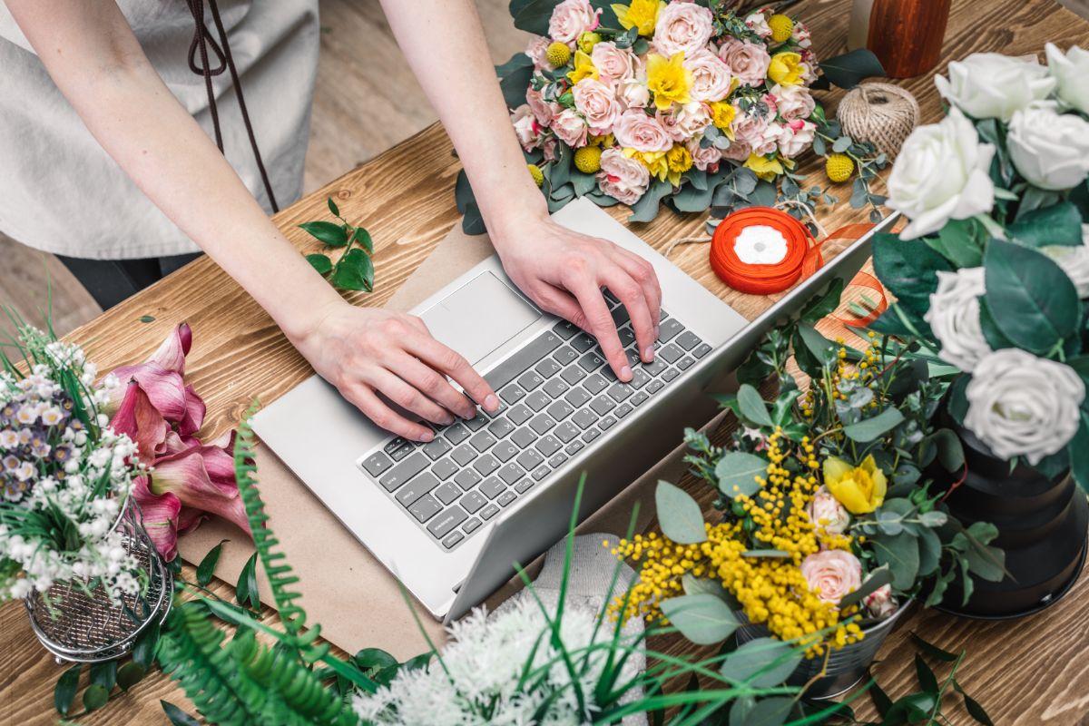 パソコン 花