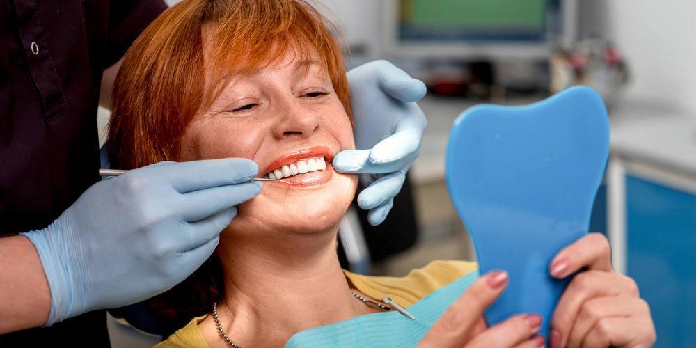 https://www.zubi-implanti.ru/data/images/omolozhenie-posle-implanticii-zubov.jpeg