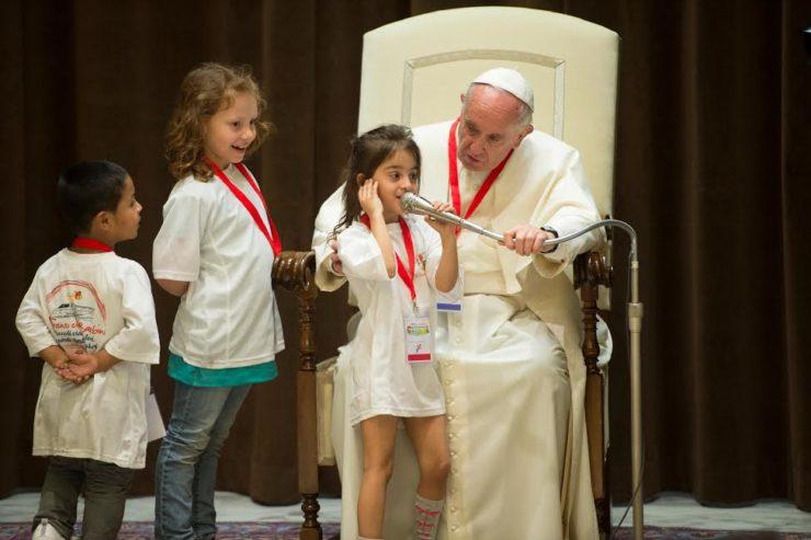 Buổi gặp gỡ của Đức Thánh Cha Phanxico với thiếu nhi của 'Chuyến Xe Lửa Thiếu Nhi'