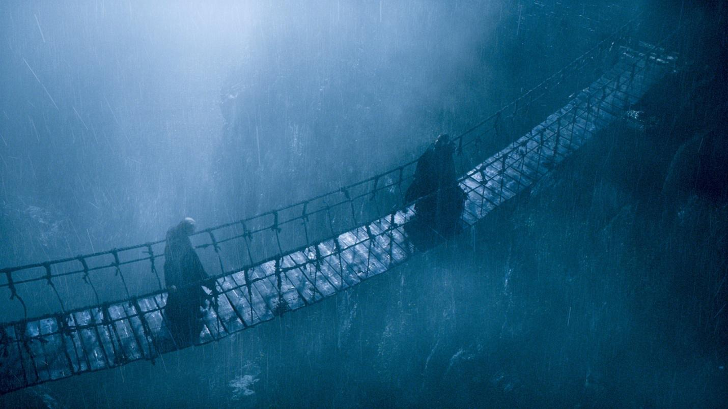 C:\Users\user\Desktop\Reacho\pics\balon and euron greyjoy on bridge game of thrones.jpg