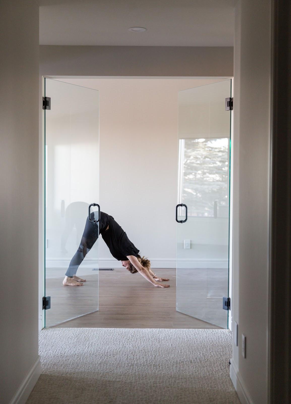 Calgary interior design modern traditional cosy elegant yoga room!