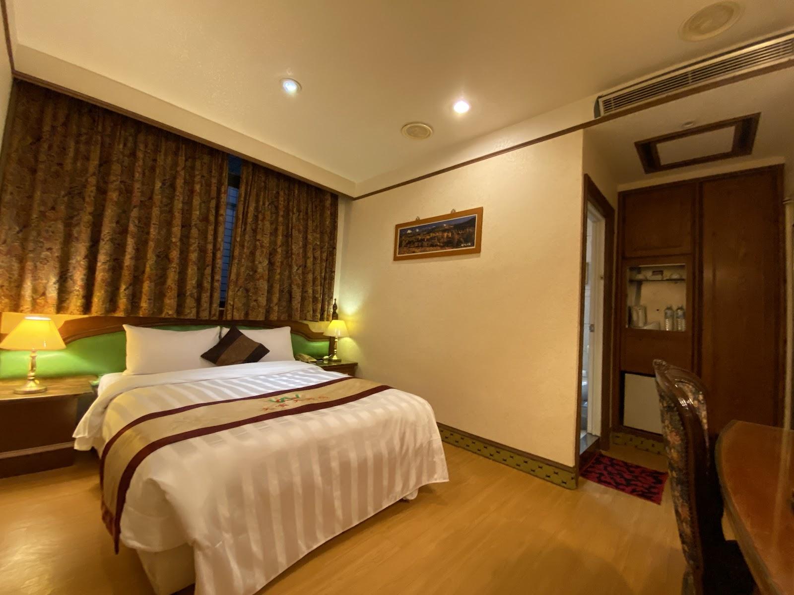文賓大飯店標準單人房