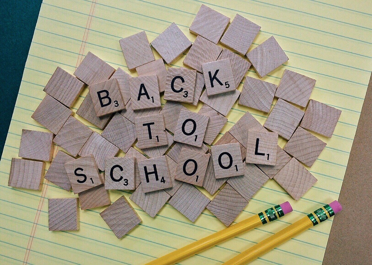 back-to-school-1622789_1280.jpg