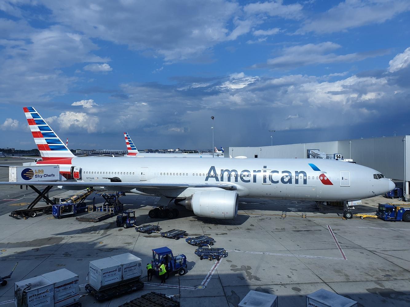 Giá cước vận chuyển hàng không quốc tế