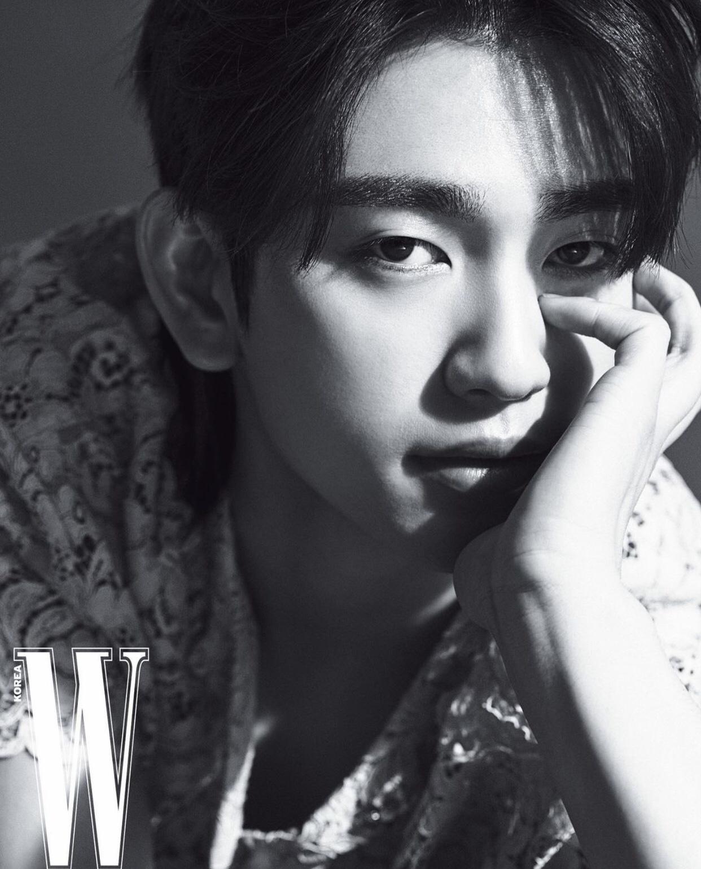 Jinyoung (GOT7) khiến người hâm mộ bất ngờ với thông báo phát hành ca khúc mới