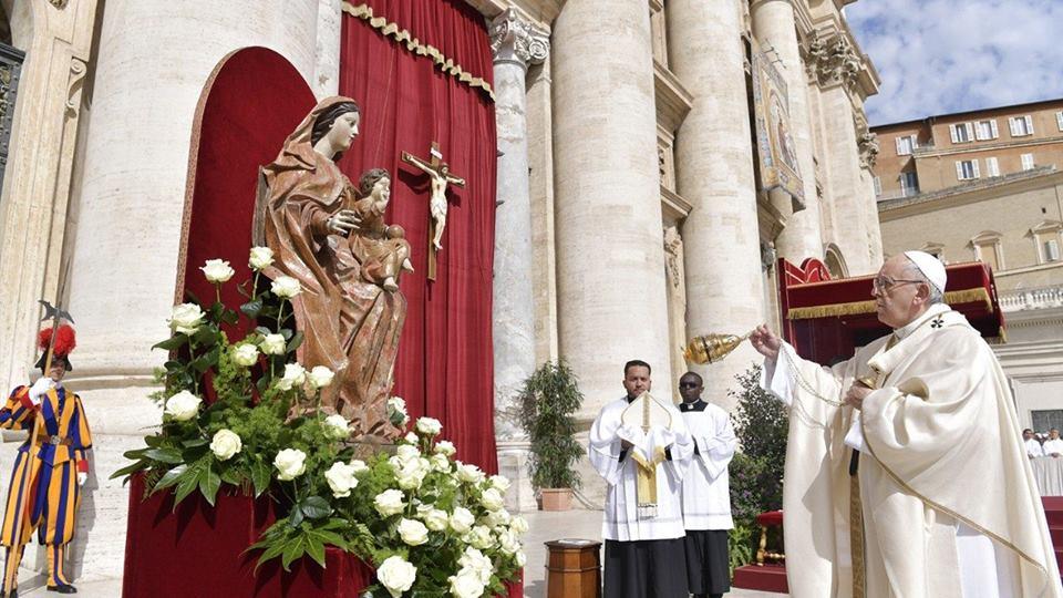 Toàn văn bài giảng của Đức Thánh Cha trong Chúa nhật Lòng Chúa Thương Xót