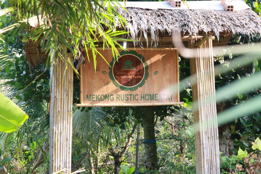 Cổng vào Mekong Rustic Cai Be
