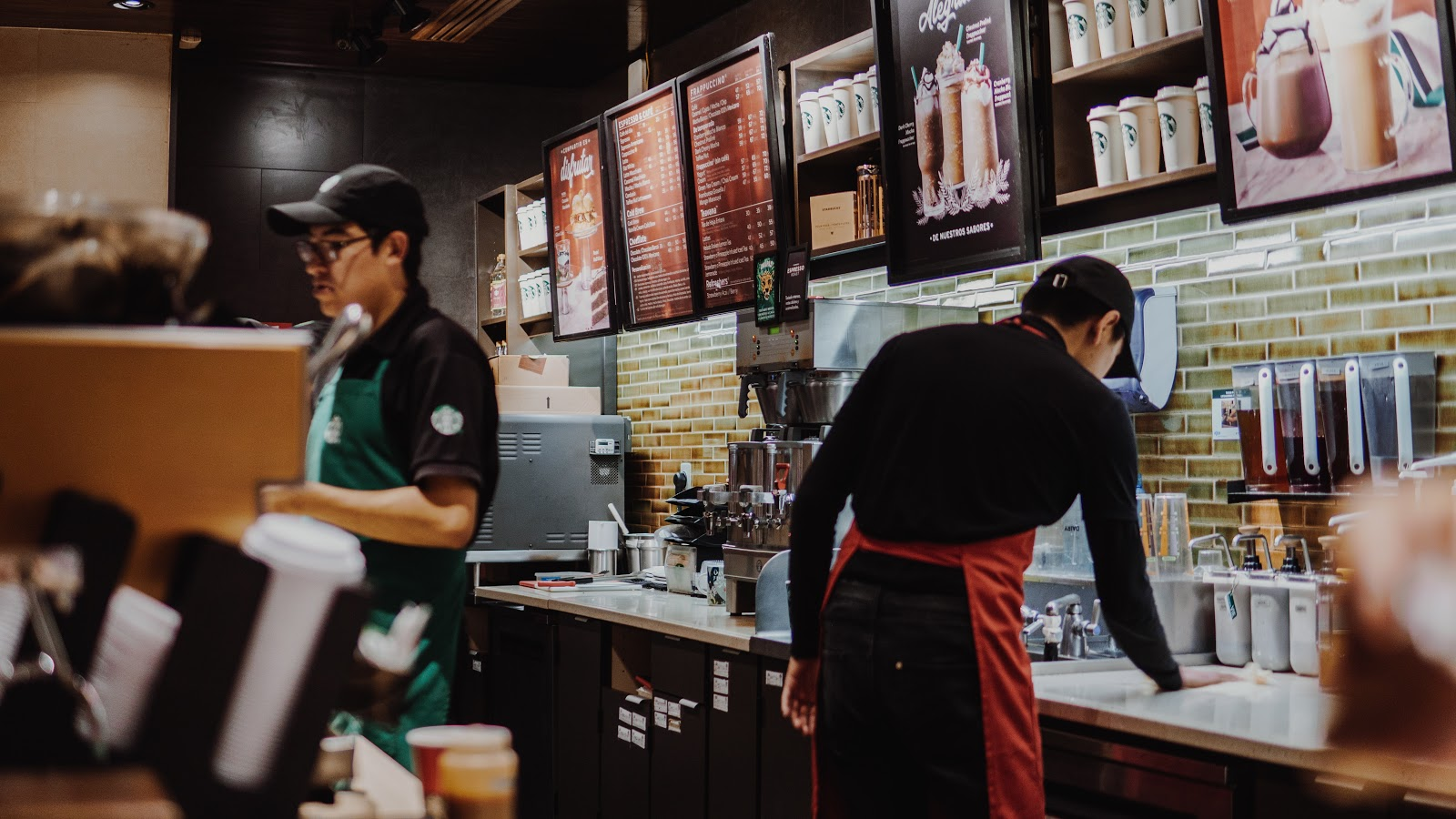 Starbucks as an example of company that runs green marketing campaign.
