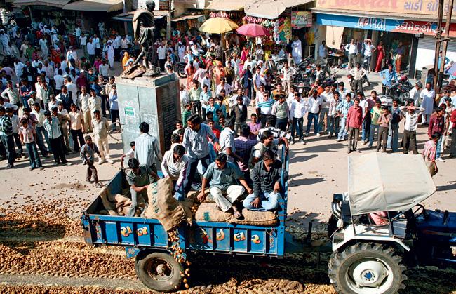 अहमदाबाद में भारतीय किसान संघ का प्रदर्शन