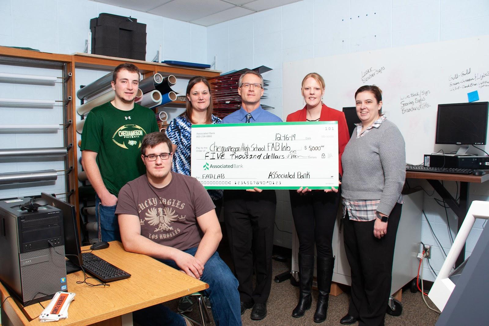 CSD STEAM Class receives Associated Bank grant