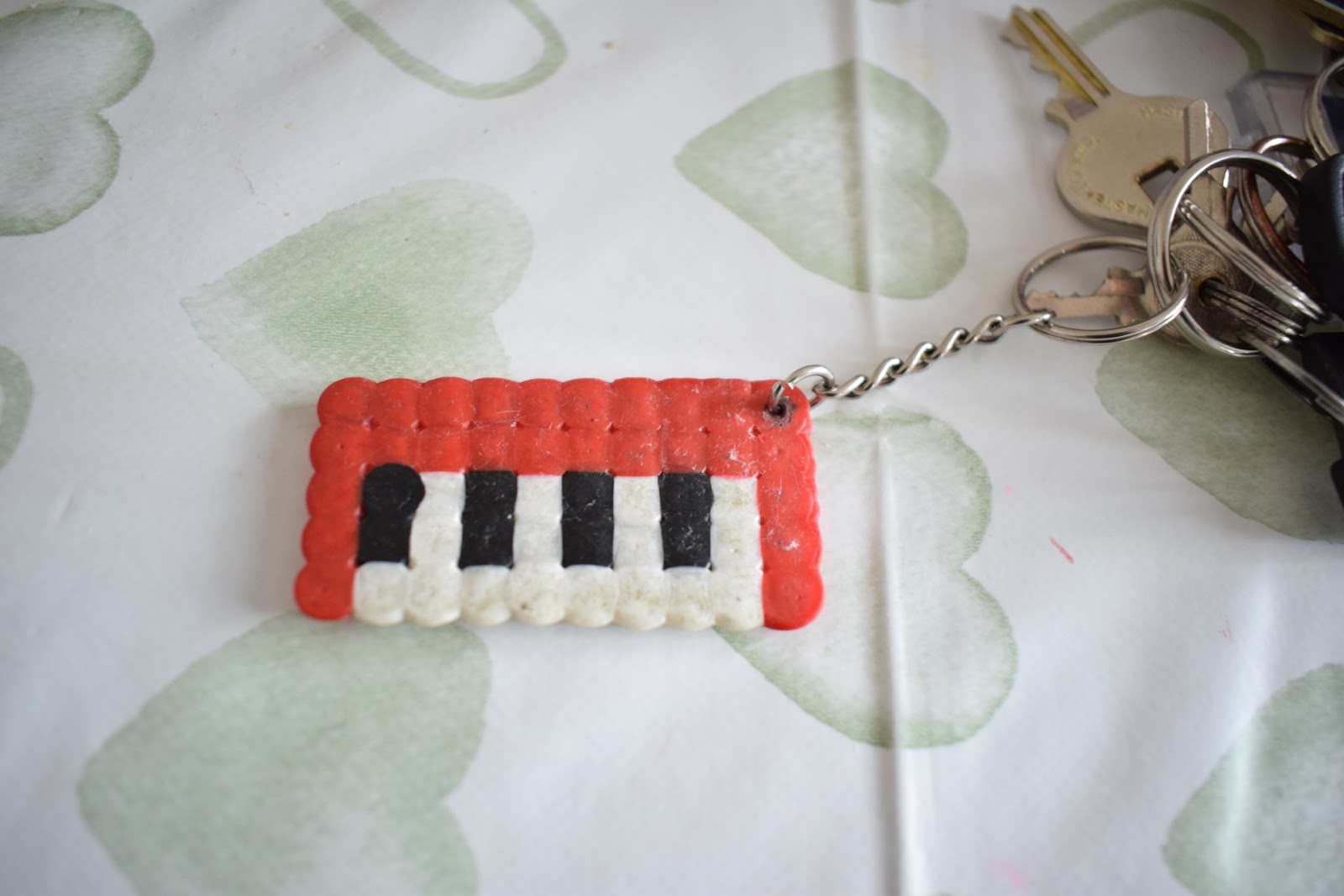 "(<img alt=""Hama Beads Ideas key rings"">)DSC_0939"