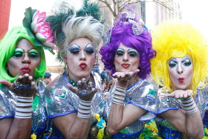 Resultado de imagem para parada orgulho gay 2015
