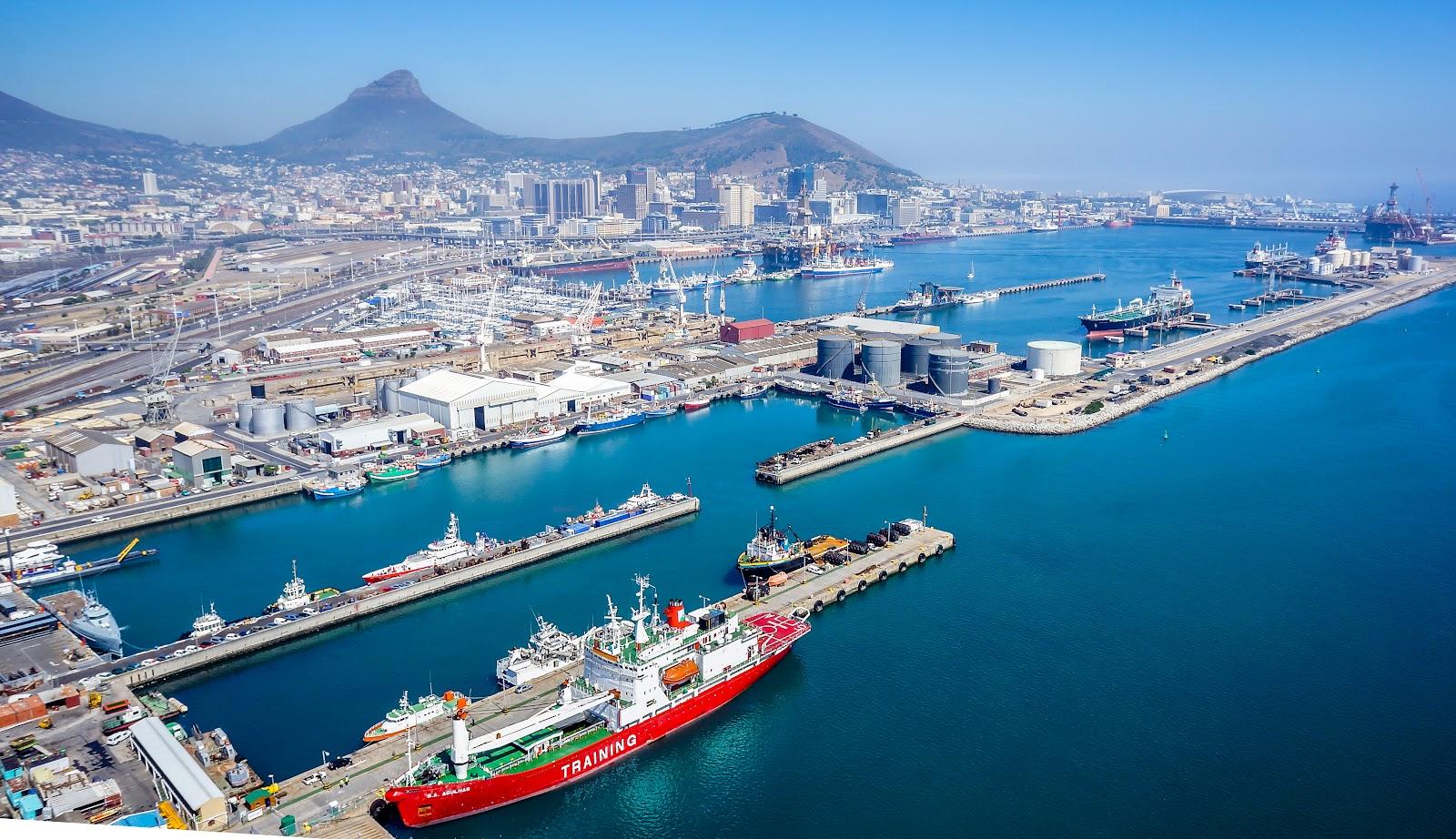 порт в Южной Африке