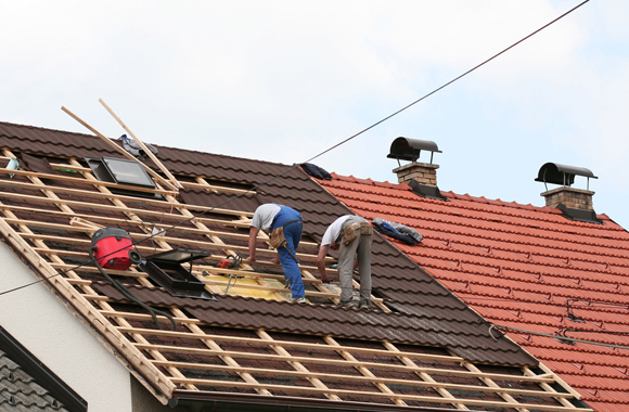 Learn How To Choose The Right Roofing Contractor