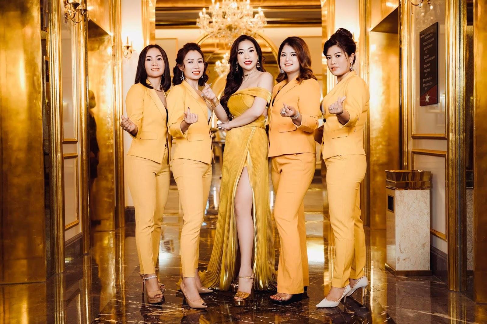 Á hậu Huyền My và dàn thủ lĩnh của Linh Nham Group - Ảnh 3