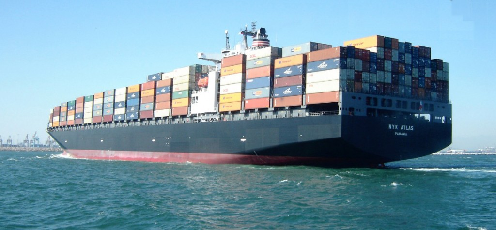 Ưu và nhược điểm của dịch vụ vận chuyển hàng hóa bằng xe tải, máy bay và tàu