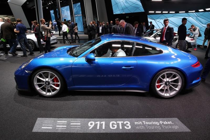Porsche_911_GT3_Touring_2017_zive_foto_08_800_600.jpg