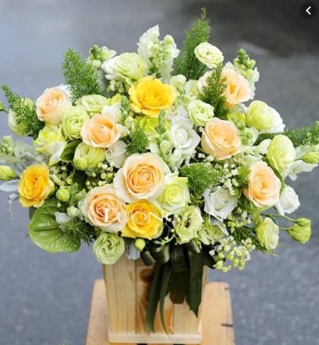 MrHoa chuyên cung cấp dịch vụ điện hoa online