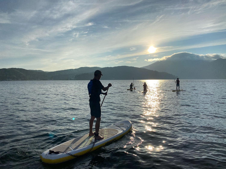 野尻湖で朝SUP