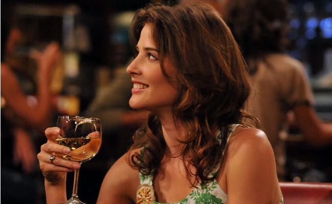 https://uproxx.files.wordpress.com/2015/05/himym-robin-bar.jpg?quality=90&w=650&h=400