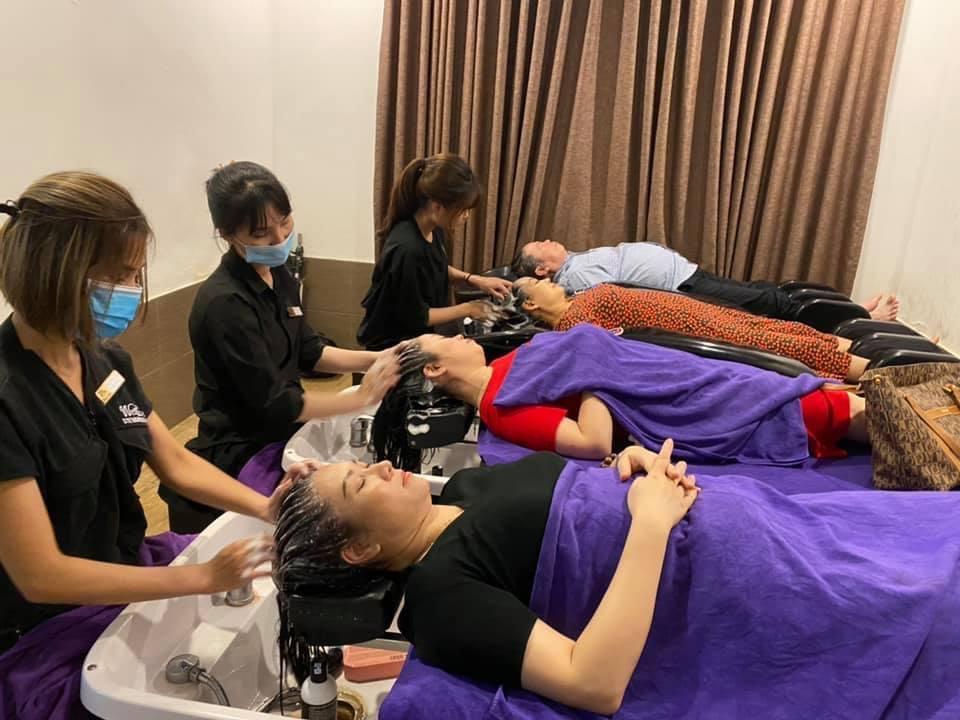 Thuy-Lan-Salon-2