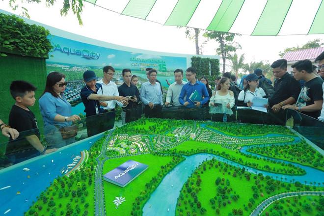 Hon 12.000 luot khach tham quan trien lam BDS Novaland Expo hinh anh 4