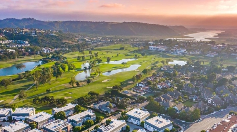 golf course and residential neighborhood in Carlsbad, CA