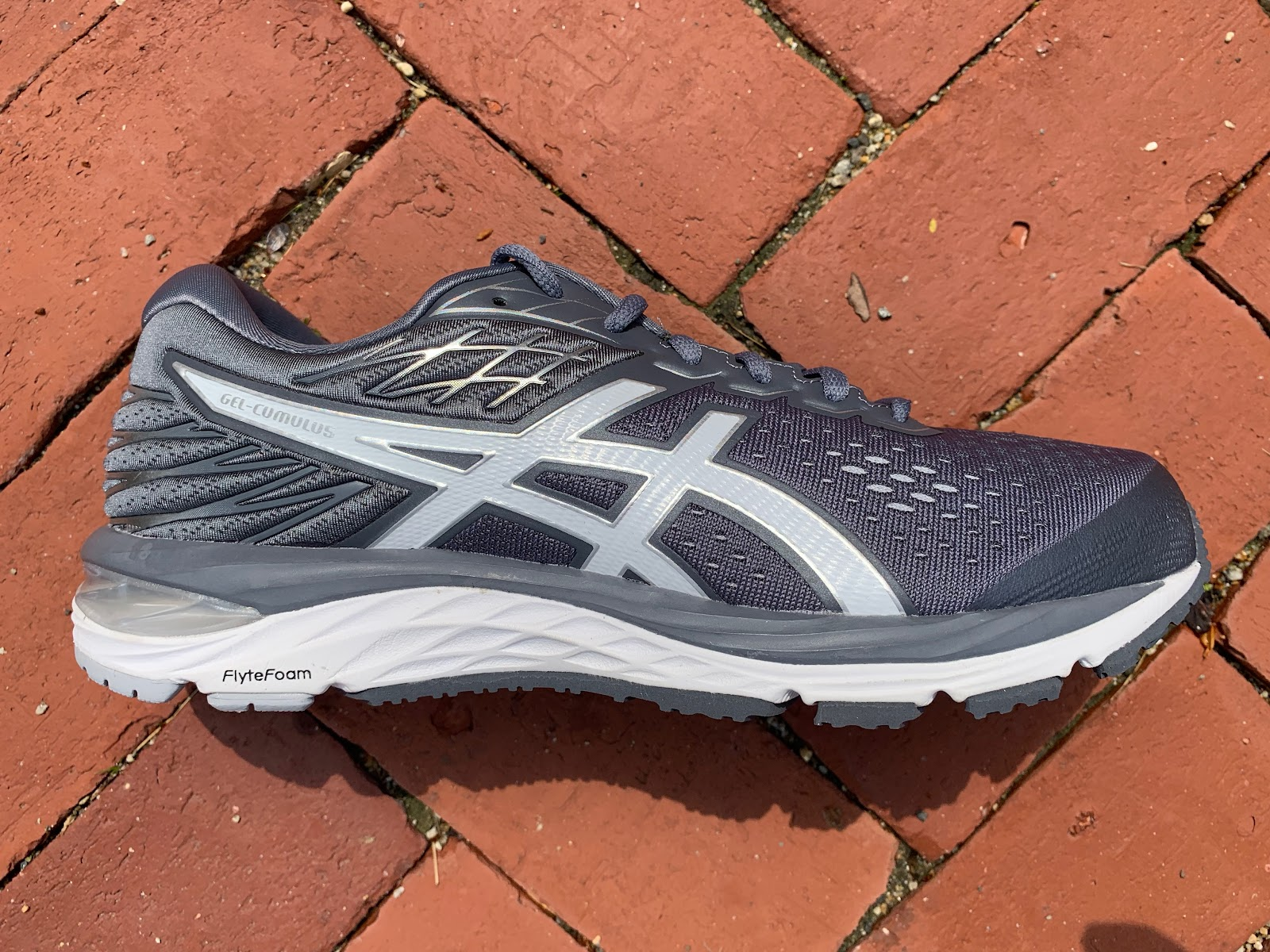 Road Trail Run: ASICS GEL-Cumulus 21 Multi Tester Review