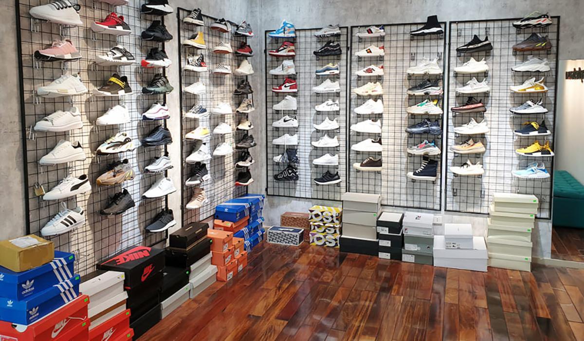 Btsneaker
