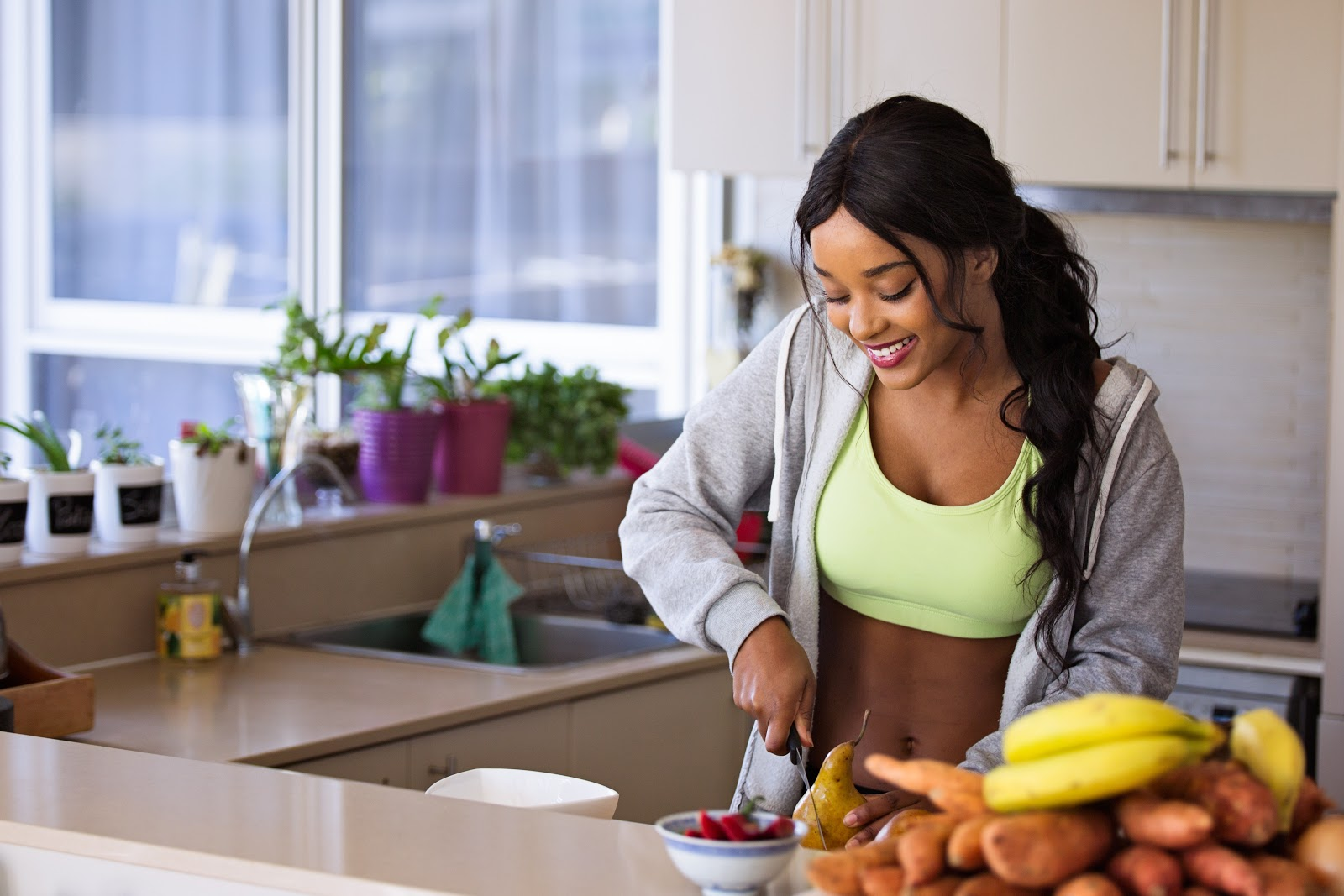 Black woman stay healthy at home by eating clean diet