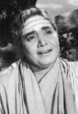 K B Sundarambal. A scintillating singer, whose voice continued to ring in Tamil Cinema over two decades.