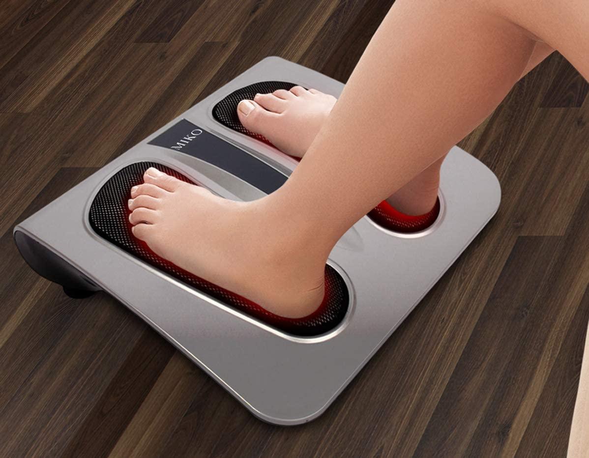 Open foot massager