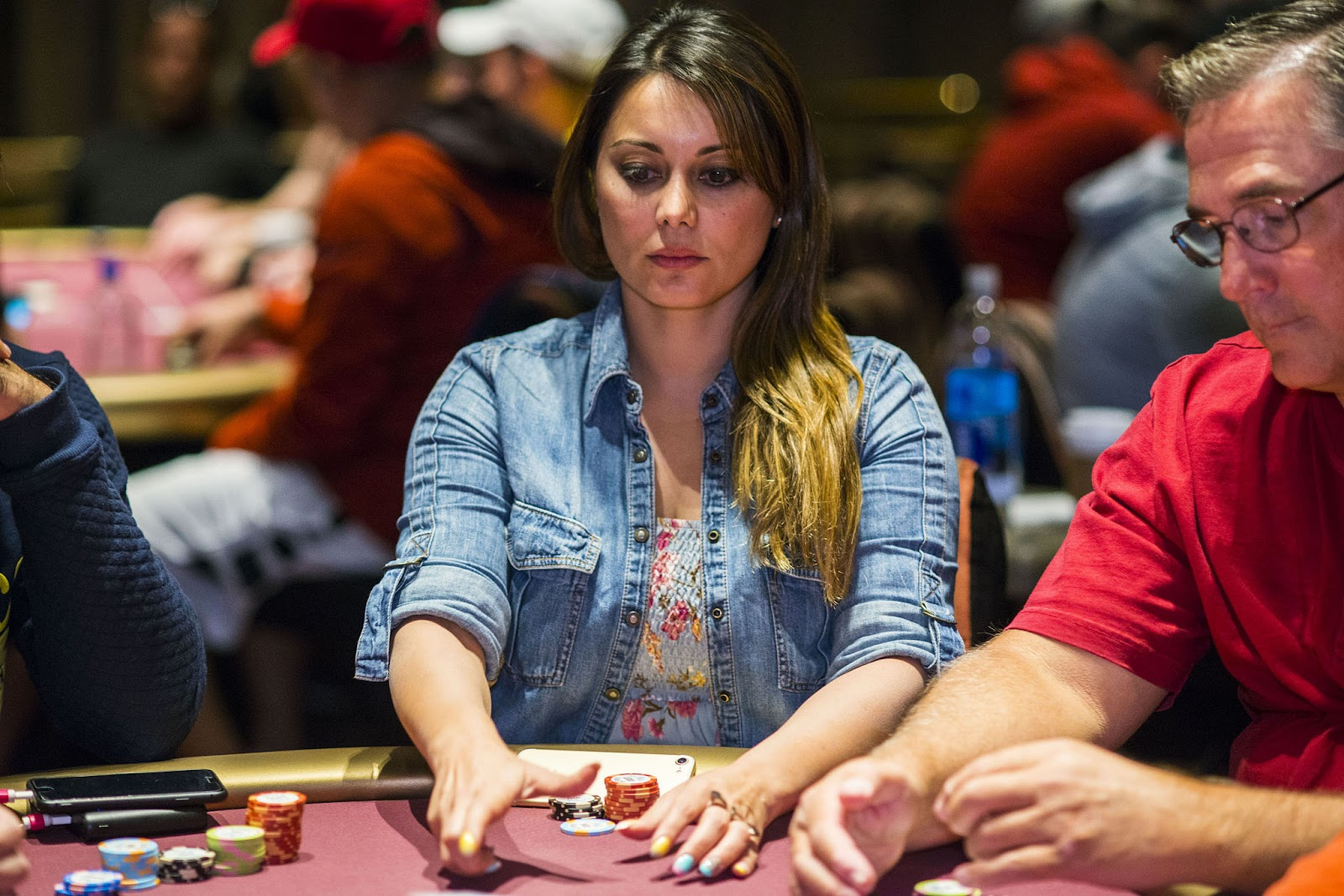 Minissha lamba - One of the poker queens of India