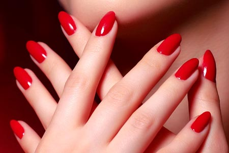 Glossy-red-nail-paint-ideas.jpg